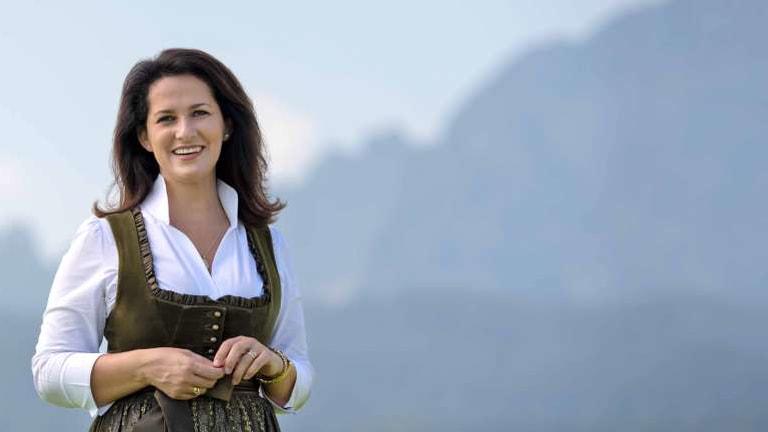Bayerische Landwirtschaftsministerin plant Schweinestall in München